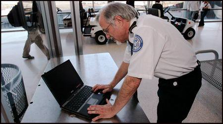 Officer searches laptop at border crossing